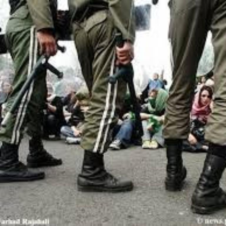 علیه جنایت و سرکوب حکومتی در ایران همصدا شویم!