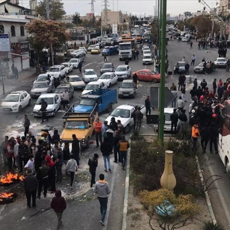 جمهوری اسلامی باید قطع اینترنت و سرکوب وحشیانه را متوقف کند