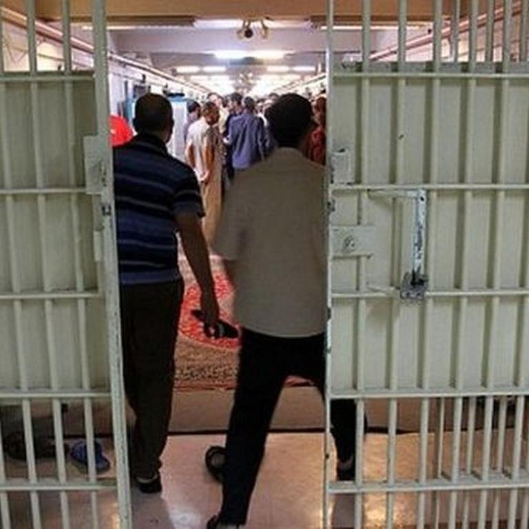 صدای زندانیان بیصدا باشیم!